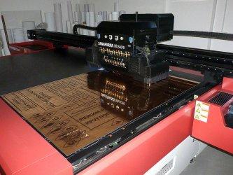 Планшетный УФ-принтер AGFA Anapurna M2540 FB