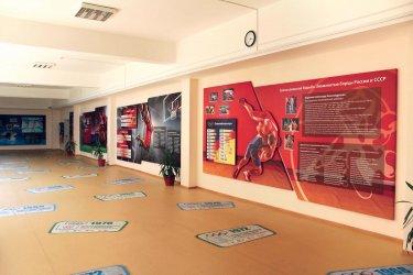 Информационные стенды в школьном холле